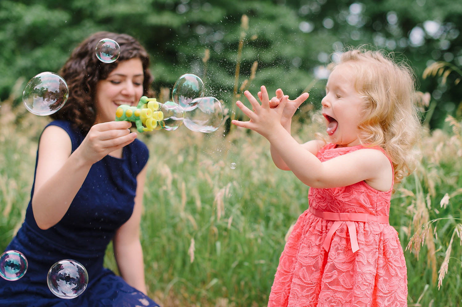 Wellesley College family wedding photo session 13