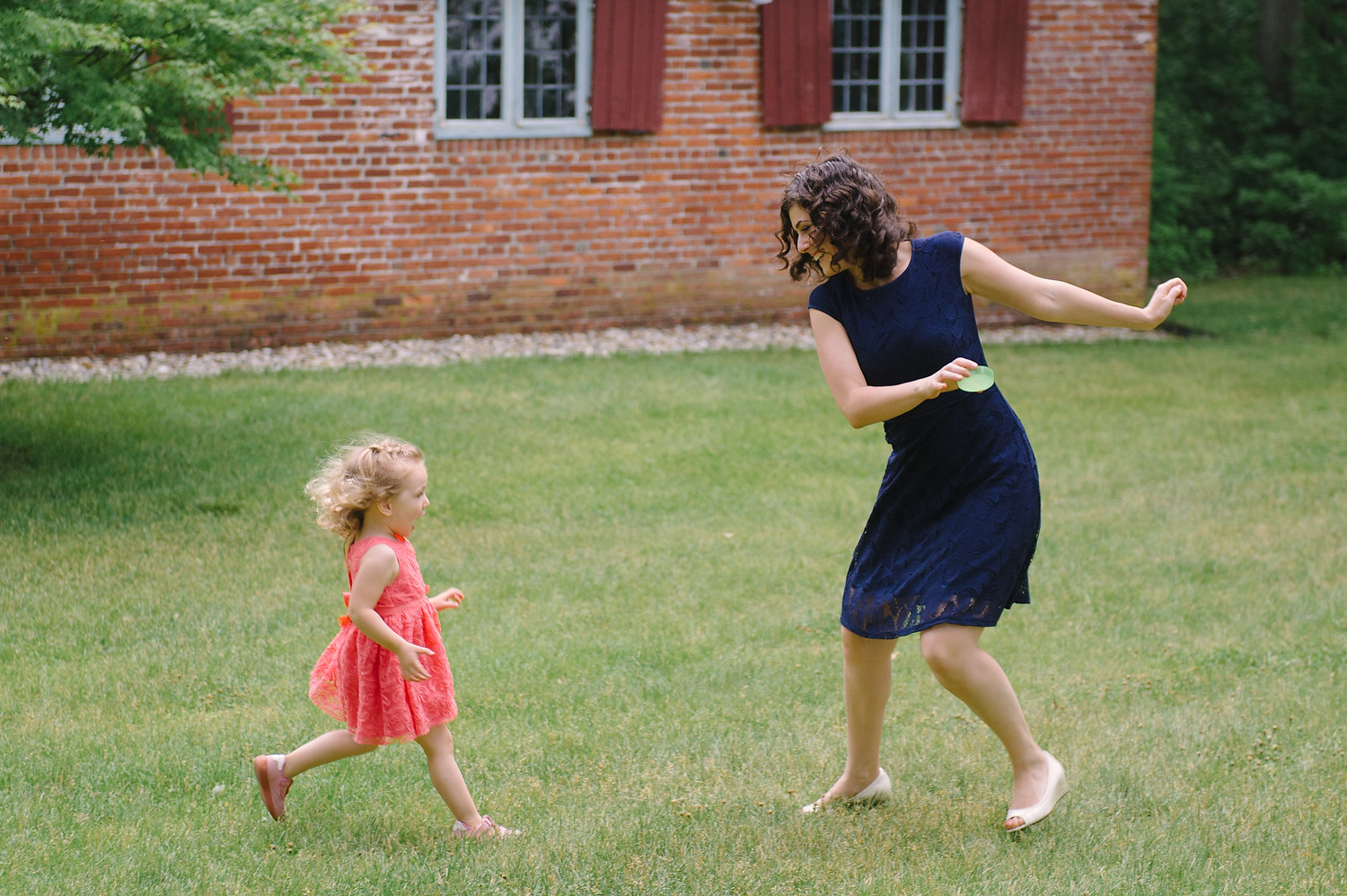 Wellesley College family wedding photo session 37