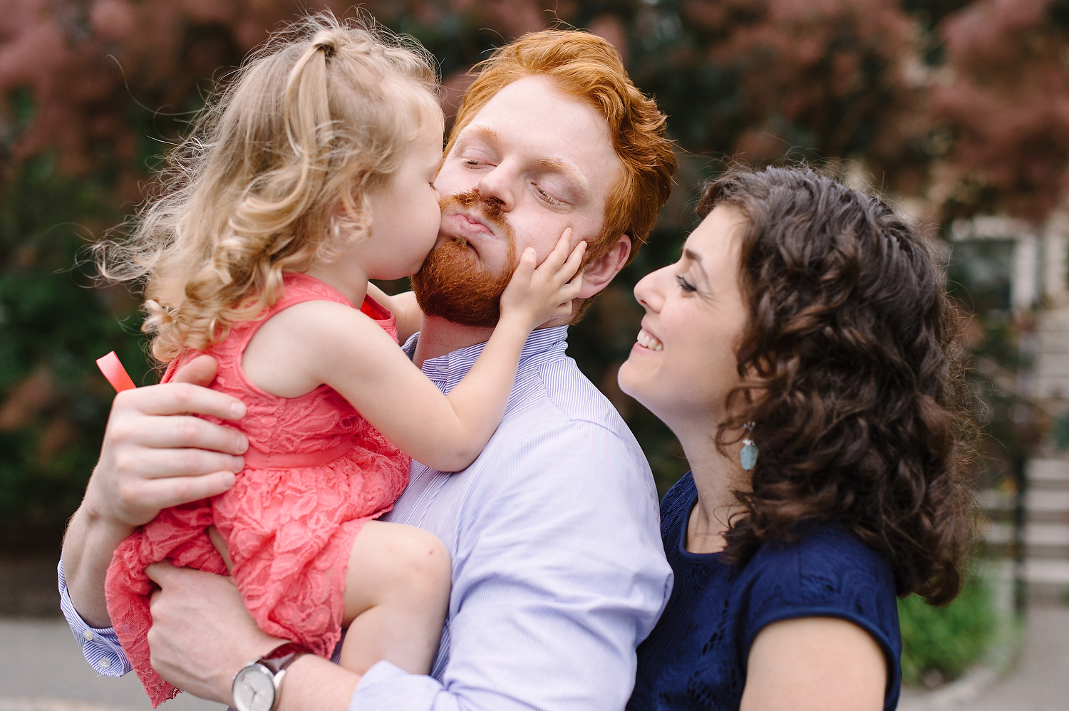 Wellesley College family wedding photo session 63